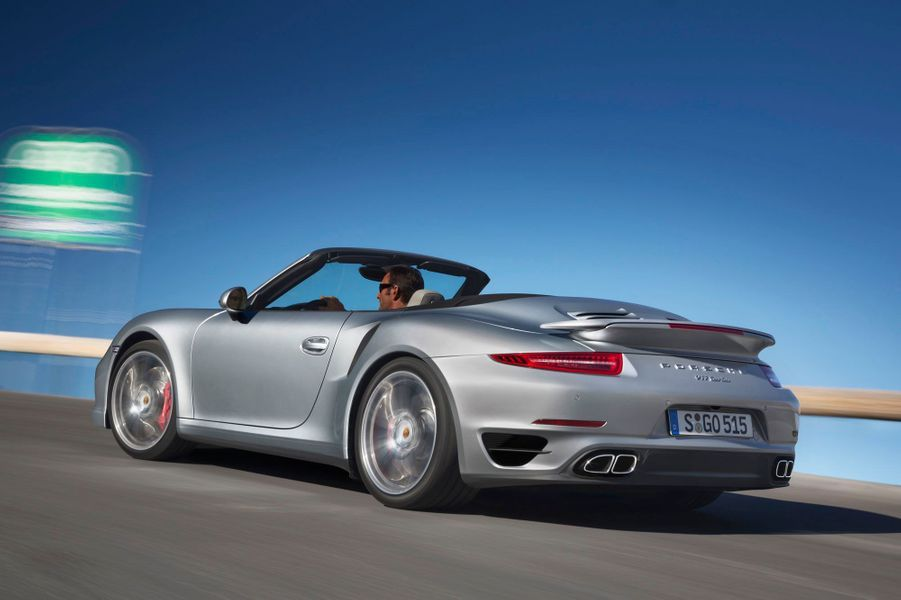 Porsche 911 Turbo cabriolet, une fusée découvrable