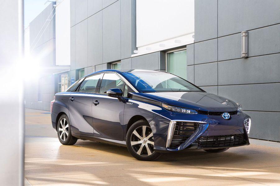 Toyota Mirai, le futur arrive sur nos routes