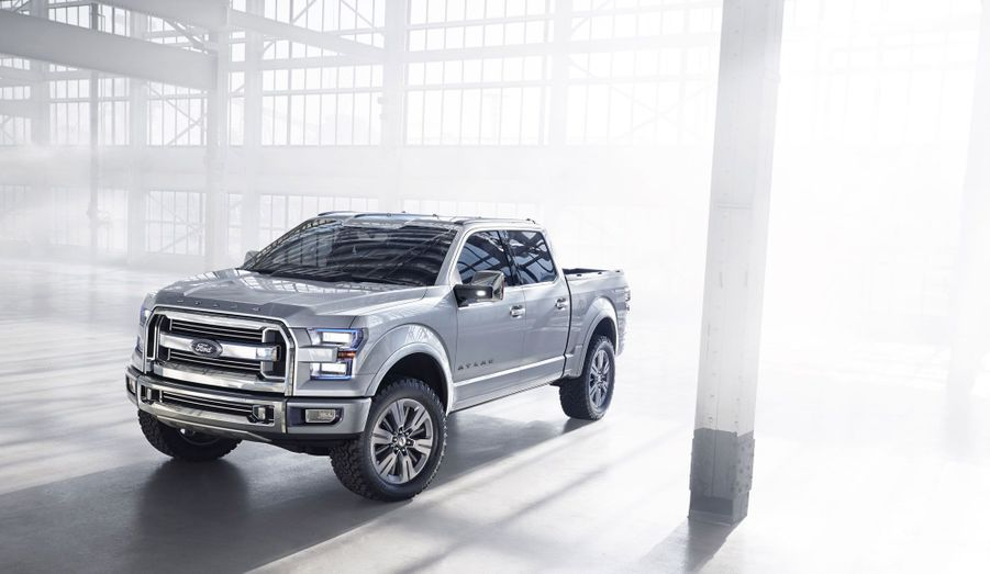 En apparence, l'Atlas Concept n'apporte pas grand chose. Dessin massif, dimensions pachydermiques, le bon vieux pick-up à l'américaine est toujours là. Mais Ford a caché l'innovation dans des détails.
