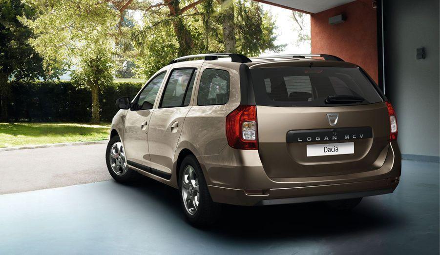 Moins logeable, la Logan MCV n'en demeure pas moins une des références de la catégories, loin devant sa cousine Renault Clio Estate, en tout cas.
