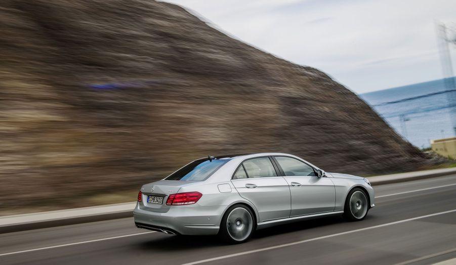 Les Audi S et RS peuvent trembler: la nouvelle E63 AMG sera disponible avec une transmission intégrale 4Matic.