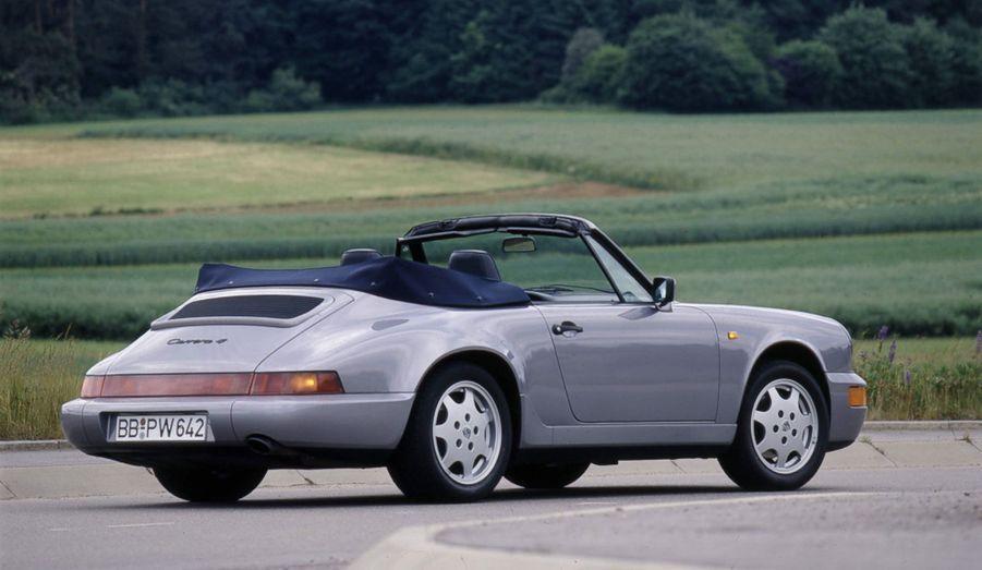 A 85% nouvelle, la 911 964 introduit pour la première fois une version quatre roues motrices.