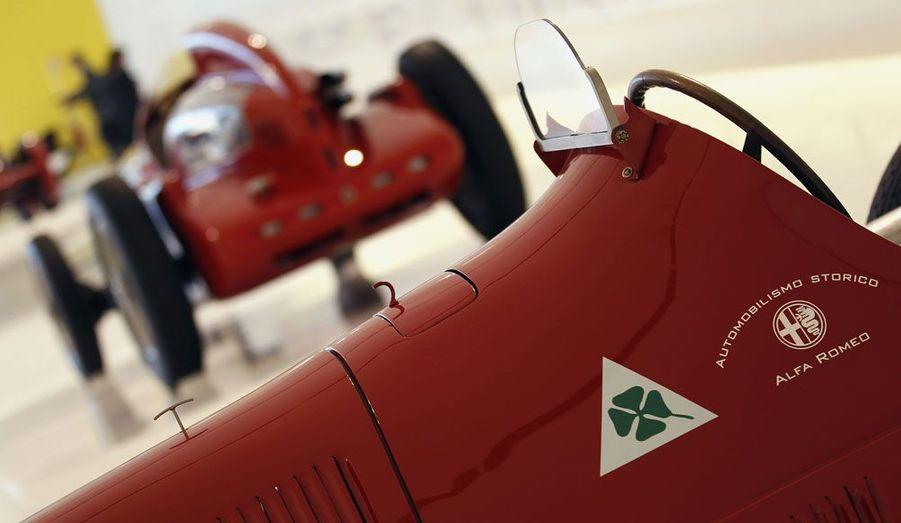 Cette Alfa Romeo 158 de 1938 est dotée d'un moteur 8-cylindres en ligne.