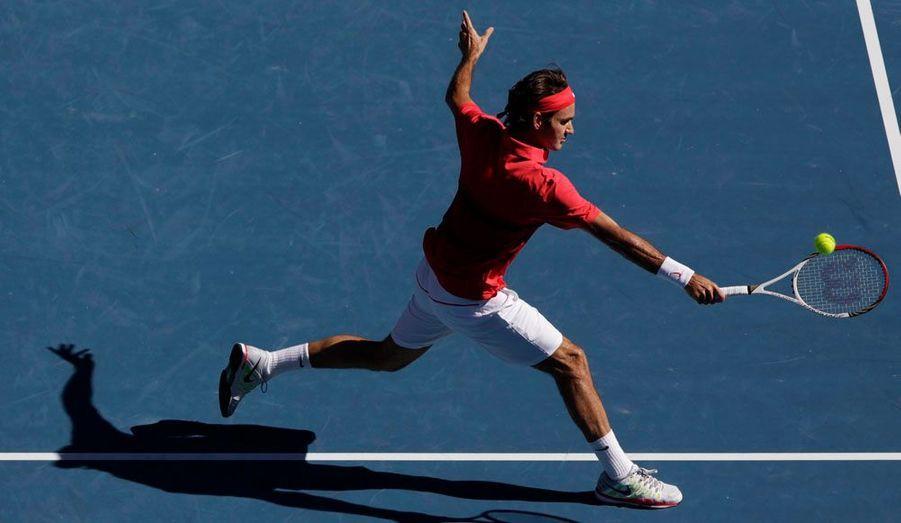 Il n'y a pas eu de match, ou si peu. Roger Federer s'est qualifié mardi, pour la neuvième fois consécutive, pour le dernier carré de l'Open d'Australie, écartant en trois petits sets et moins de deux heures de jeu l'Argentin Juan Martin Del Potro (6-4, 6-3, 6-2). Le Suisse jouera sa place en finale contre le vainqueur du match entre Rafael Nadal et Tomas Berdych, une rencontre programmée à partir de 9h30 (heure française).