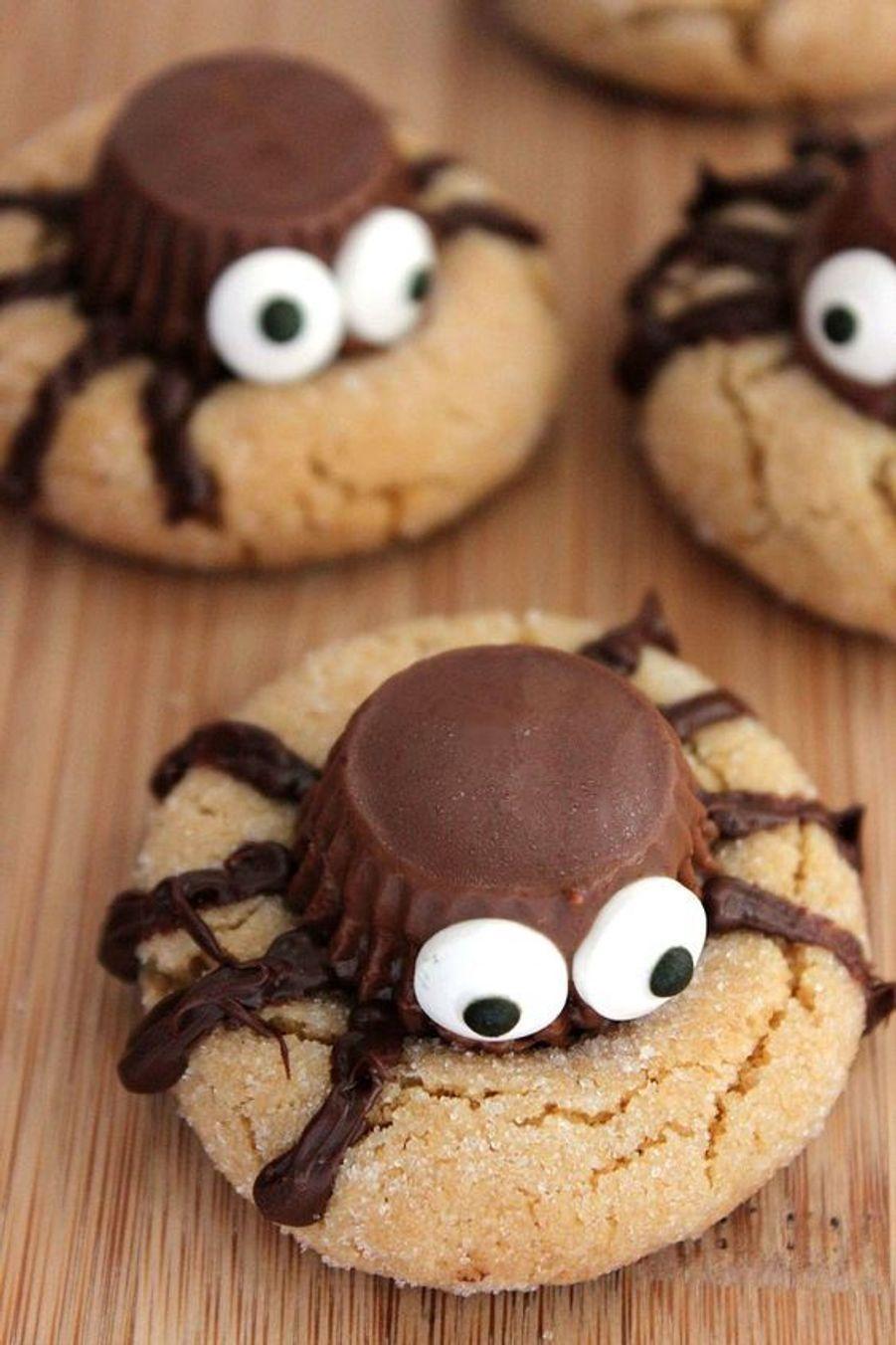 Cookies araignéeshttps://www.pinterest.fr/pin/411938697158420216/