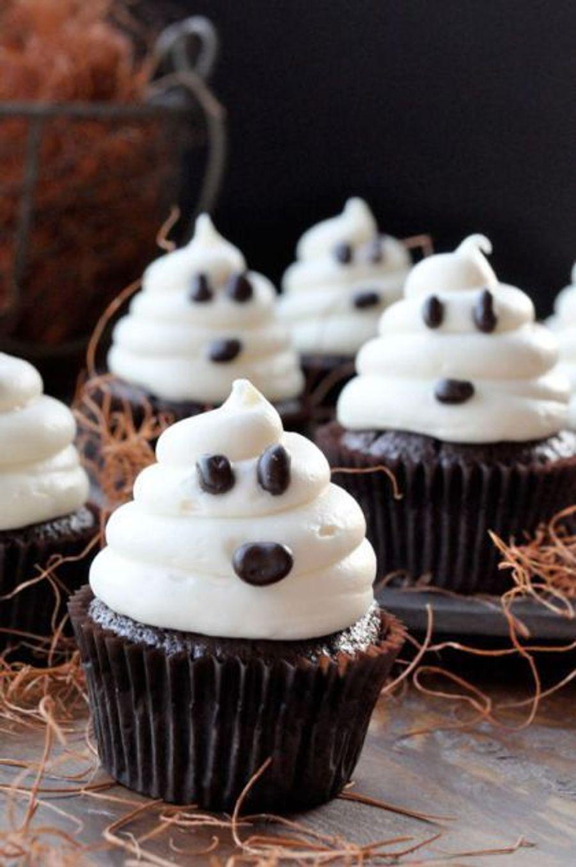 Cupcakes fantômeshttps://www.pinterest.fr/pin/411938697158400226/