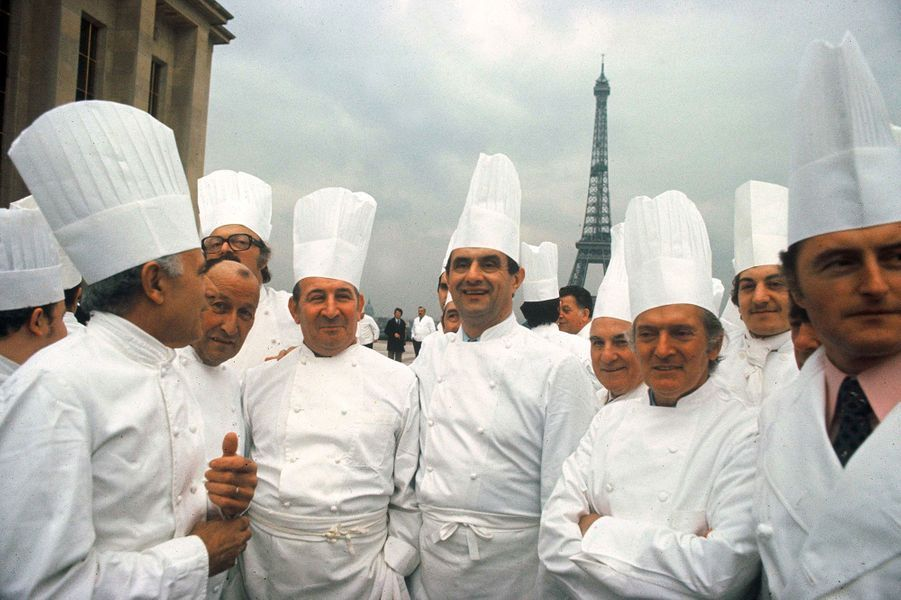 Le chef Paul Bocuse à Paris, en mars 1976.