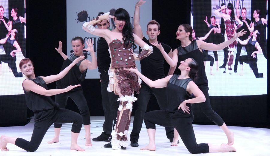La chanteuse Tara McDonald a donné de la voix pour mettre en valeur la création de Valérie Pache et Stéphane Bonnat.