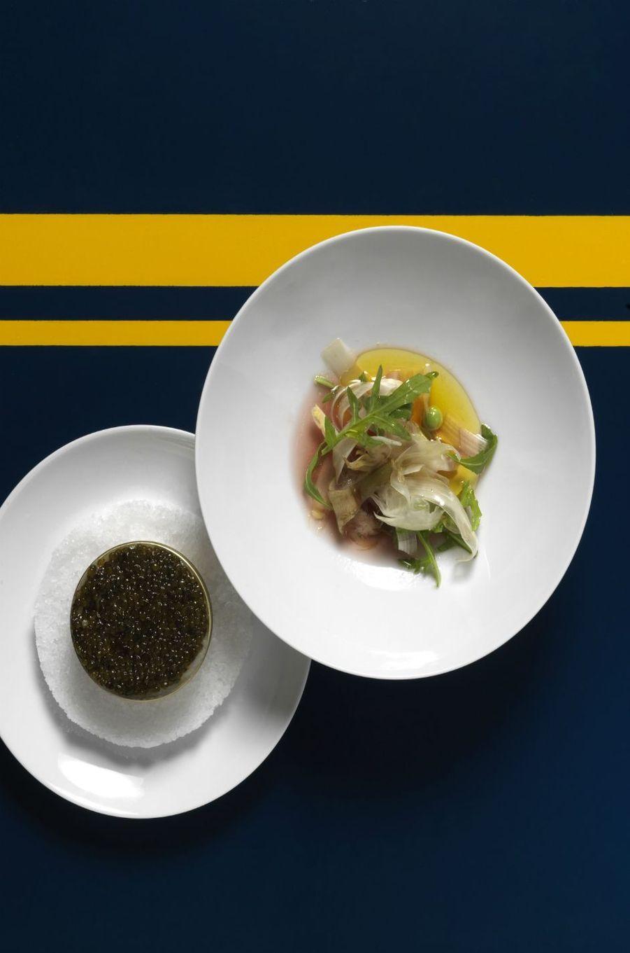 Un repas gastronomique imaginé par les chefs Yannick Alléno et Yann Couvreur