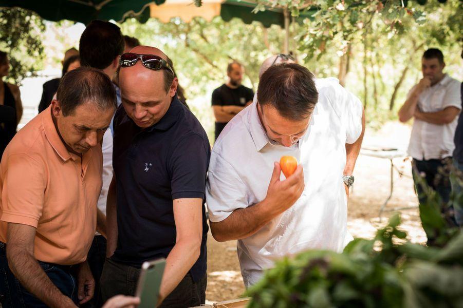 Philippe Labbé (La Tour d'Argent), Eric Briffard (directeur des Arts Culinaires de l'école Le Cordon Bleu) et Jean-Francois Rouquette (Pur') chez Bruno Cayron.