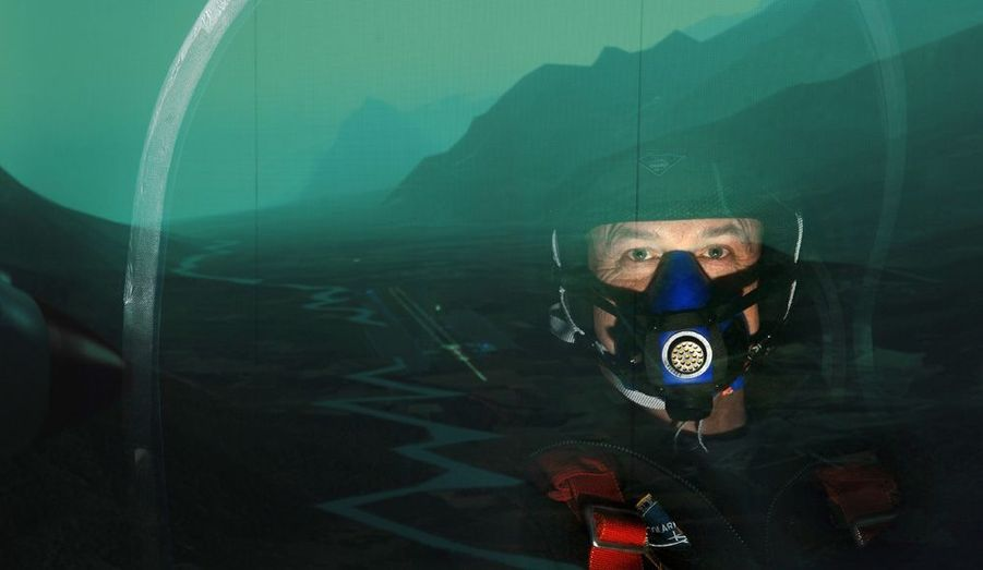 A bord du simulateur, André Borschberg, ingénieur et ancien pilote de chasse, cofondateur avec Bertrand Piccard du projet «Solar Impulse».