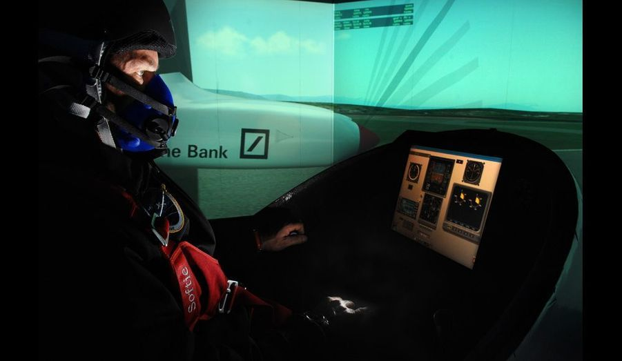 L'avion solaire étant fortement tributaire de la météorologie, la simulation est le moyen privilégié qui permet d'explorer les différentes techniques et performances envisagées.