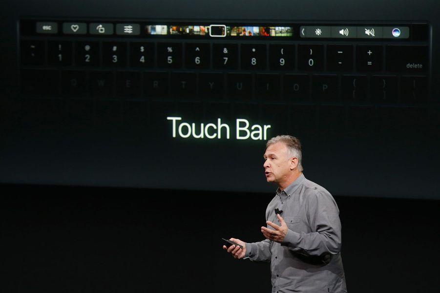 """Il dispose d'une nouvelle fonctionnalité: """"Touch Bar"""""""