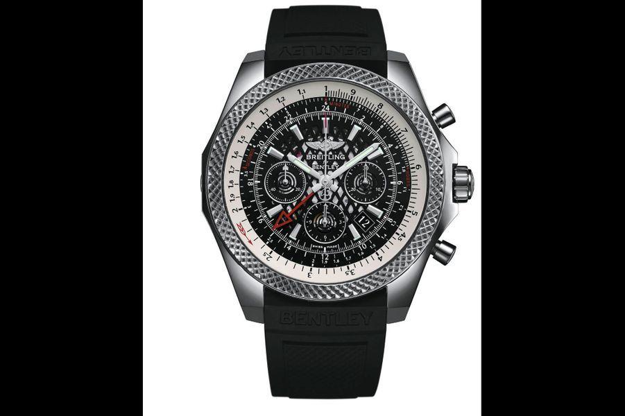 D'aspect satiné, l'acier du boîtier et le caoutchouc du bracelet mettent en valeur la complexité du cadran ajouré. Le chronographe Bentley B04 GMT présente un second fuseau horaire sur 24 heures au réglage simplissime, via la couronne tournant dans les deux sens. Pour célébrer les dix ans de partenariat entre Breitling et Bentley, il est doté d'un calibre manufacture, certifié chronomètre par le Cosc, conçu et développé pour l'occasion. Le fond transparent révèle la masse oscillante en forme de jante. Boîtier en acier (49 mm). 9 610 euros.