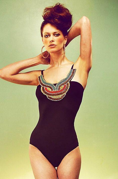 Un «maillot de bain bijou» qui nous donnerait plus envie de parader en soirées que de se poser sur le sable.
