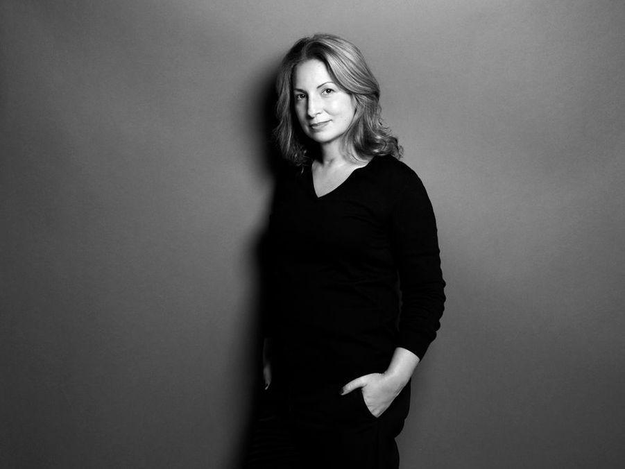 Portrait de Anne Valérie Hash.