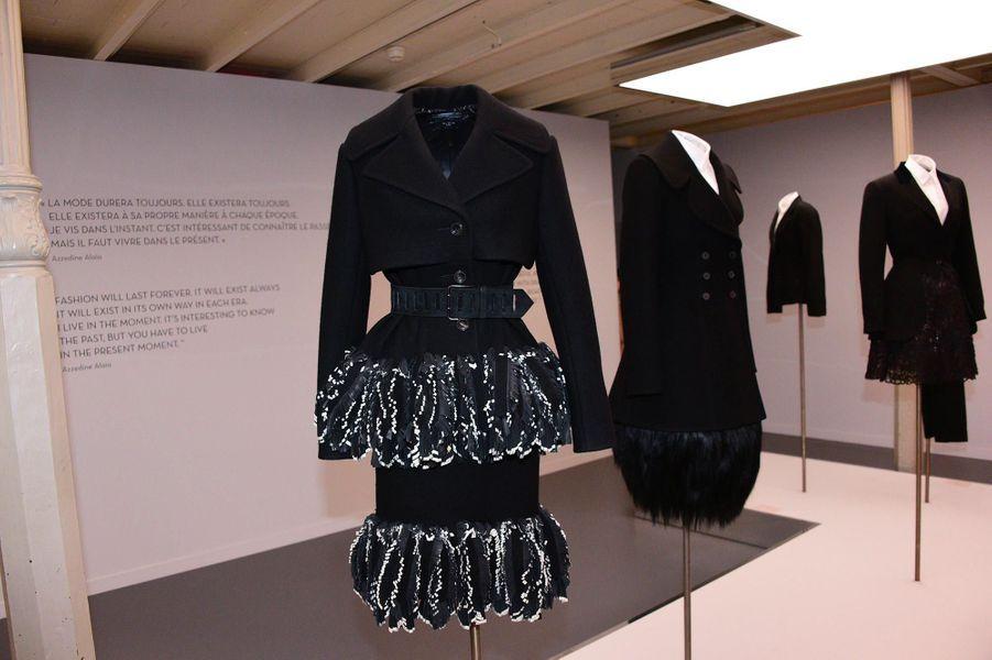 A l'exposition consacrée aux créations d'Azzedine Alaïa, à Paris, le 20 janvier 2019.