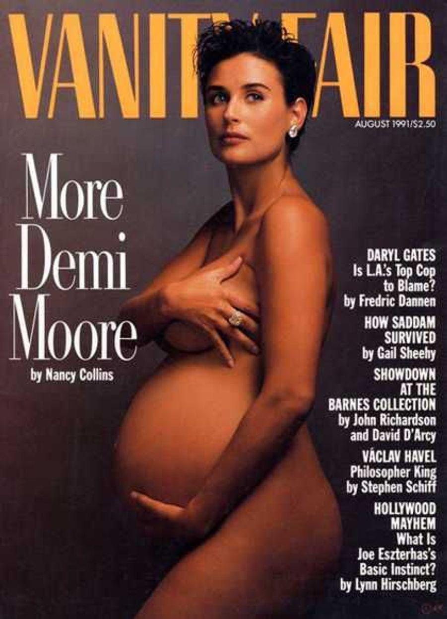 Demi Moore en 1991, enceinte de la deuxième de ses trois filles, Scout LaRue, avait fait sensation en posant pour Vanity Fair.