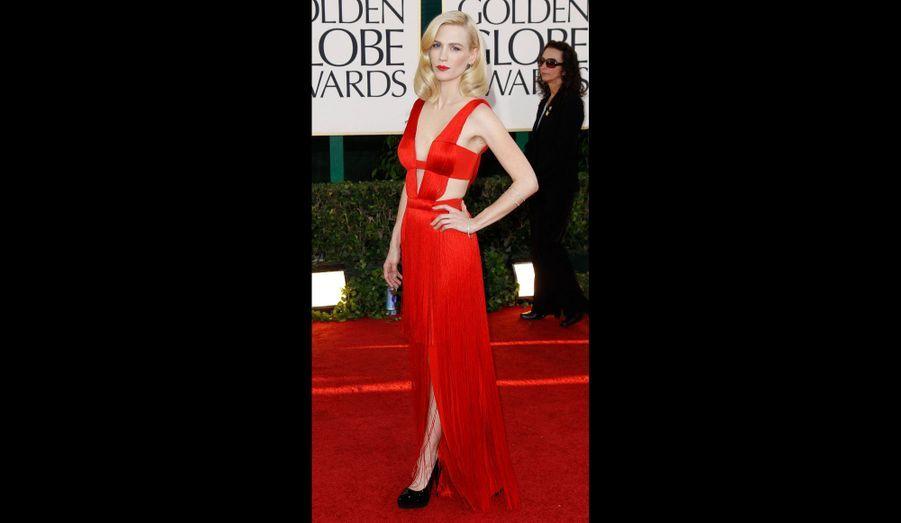 Rouge sur rouge parfait aux Golden Globes 2012.