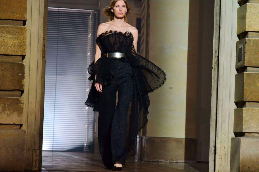Le défilé Haute Couture de Givenchy, présenté à Paris le 23 janvier 2018.