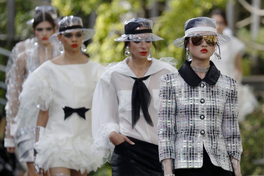 Défilé Chanel au Grand Palais à Paris, le 3 octobre 2017.