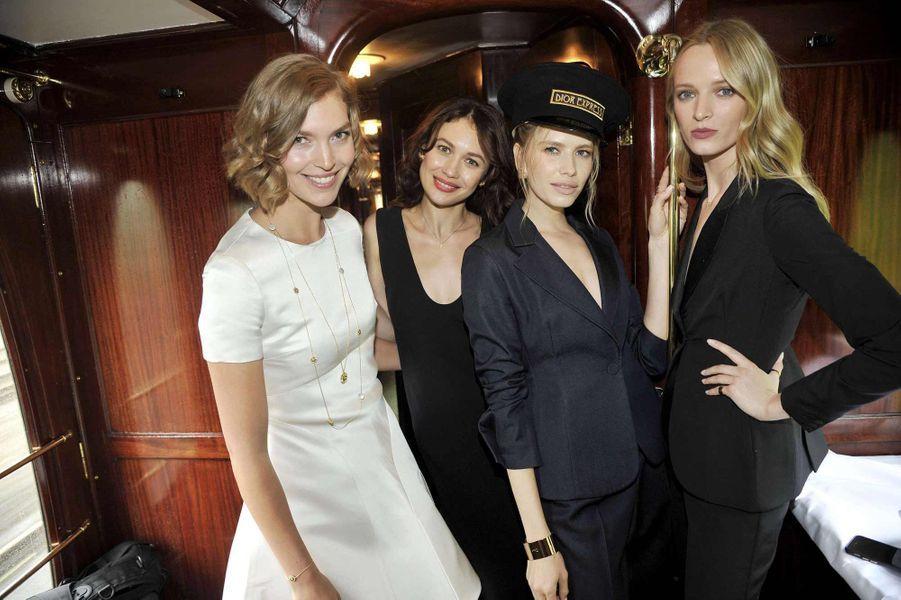 Arizona Muse, Olga Kurylenko, Elena Perminova et Daria Strokous