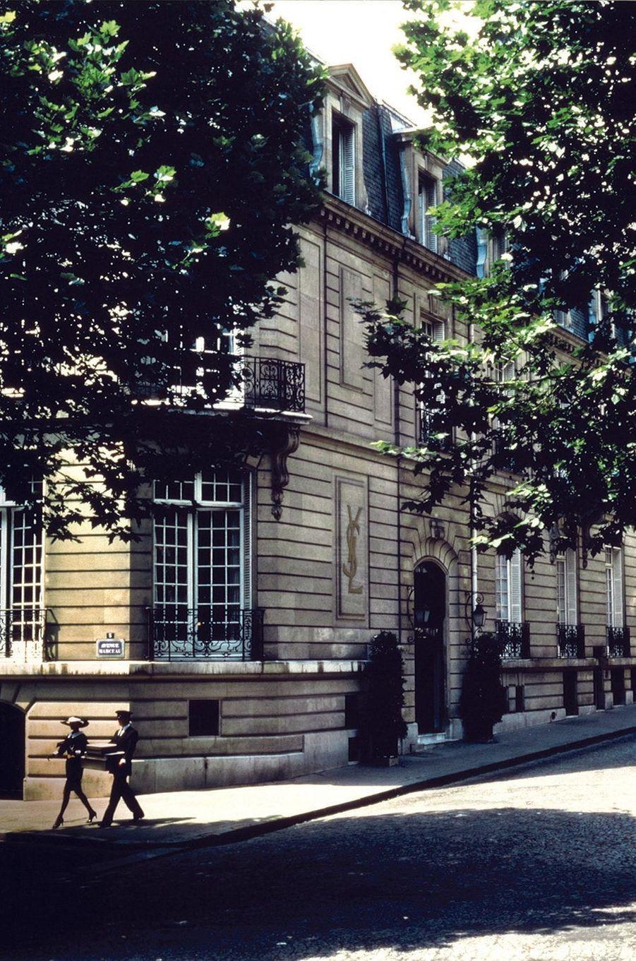 Façade du 5 avenue Marceau, 1982.