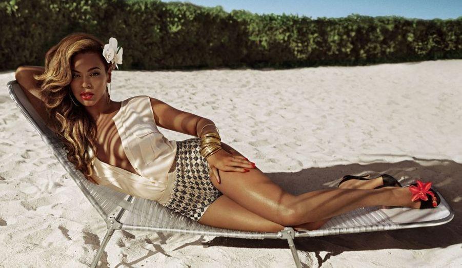 La marque suédoise, qui aime à être représentée par des personnalités dans l'air du temps, et donc pas forcément très minces, a également fait appel à la beauté de Beyoncé. La chanteuse est par ailleurs égérie l'Oréal depuis plus d'une décennie.