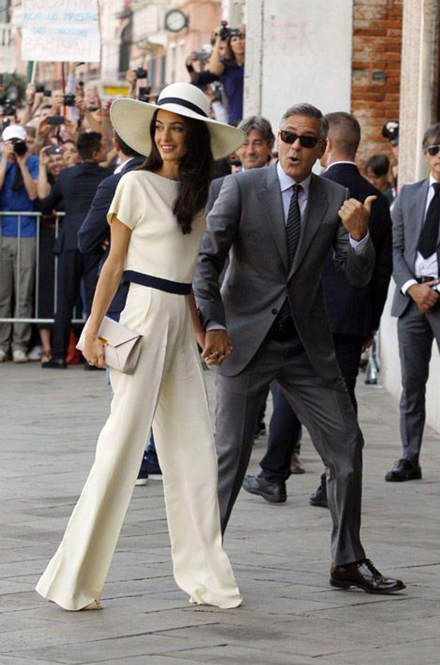 Amal Alamuddin en Stella McCartney lors de son mariage à Venise avec George Clooney, le 29 septembre 2014