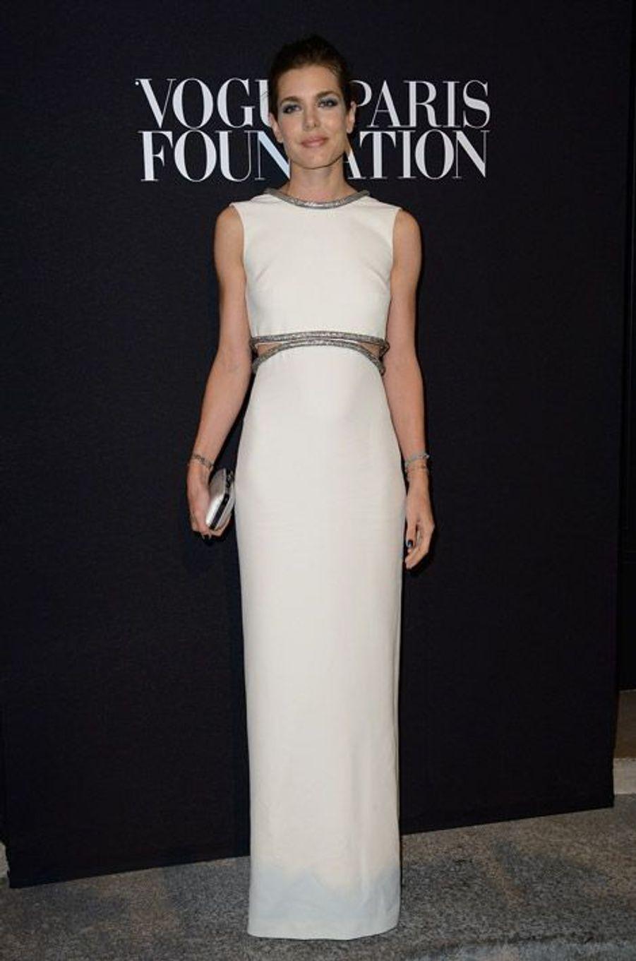 La princesse Charlotte Casiraghi en Gucci au gala de la fondation Vogue à Paris, le 9 juillet 2014