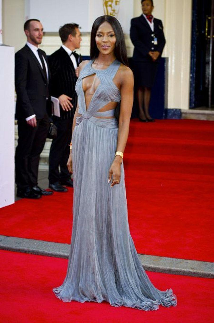 Le top-modèle Naomi Campbell en Roberto Cavalli lors de la British Academy Television Awards à Londres, le 18 mai 2014