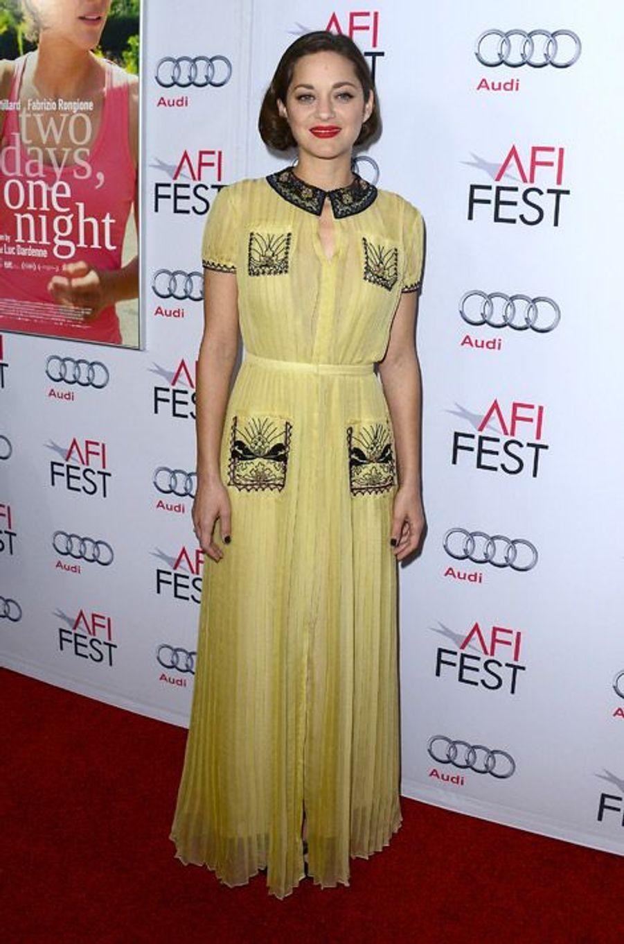 """Marion Cotillard lors de la première de """"Deux jours une nuit"""" à Los Angeles, le 7 novembre 2014"""