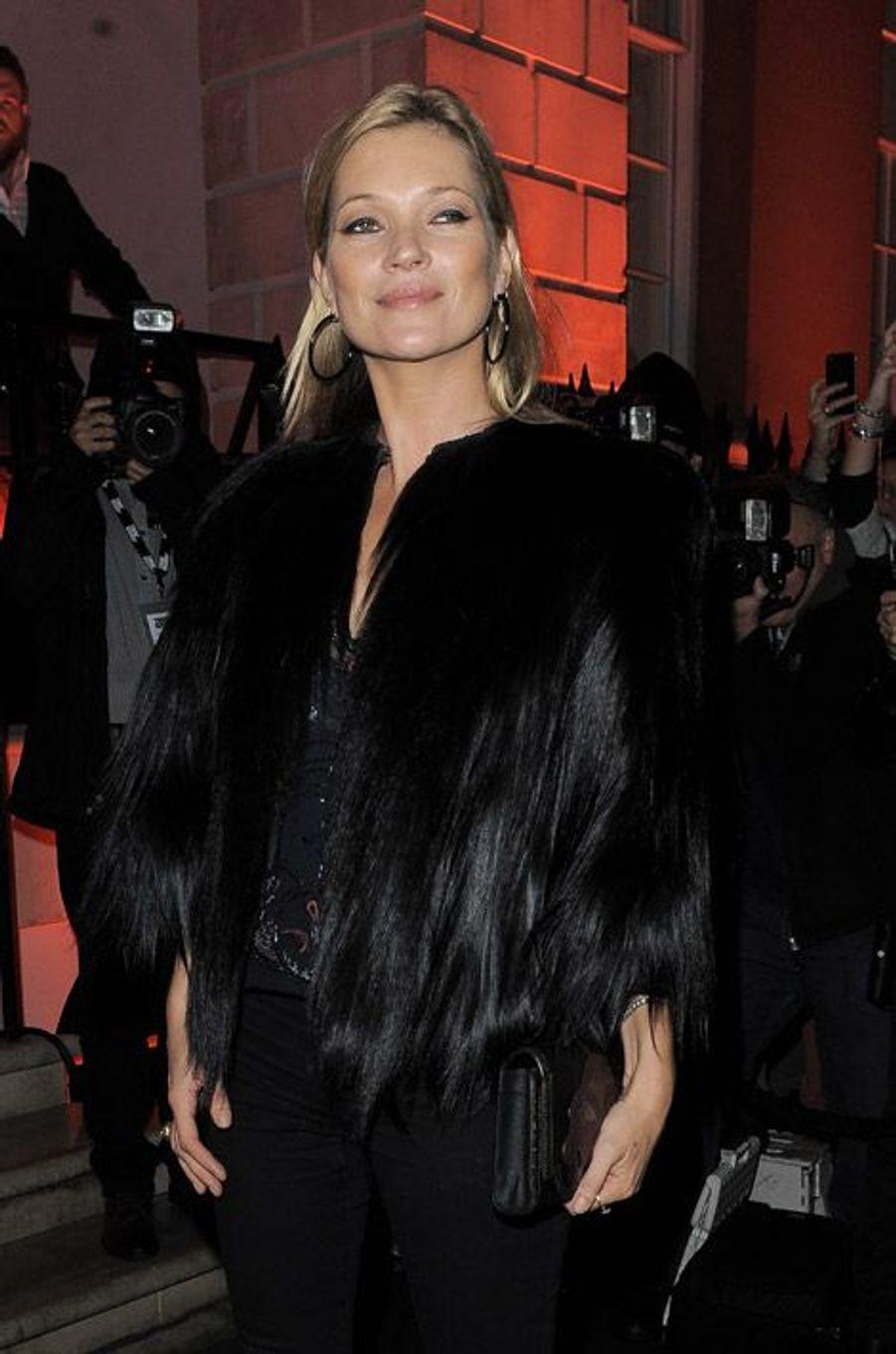 Kate Moss lors d'une soirée à Londres, le 9 octobre 2014
