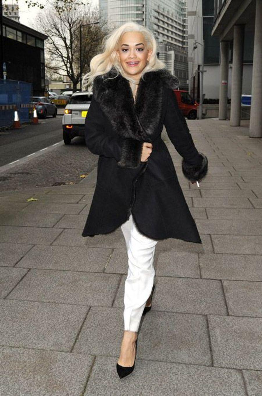 La chanteuse britannique Rita Ora,le 3 décembre 2013