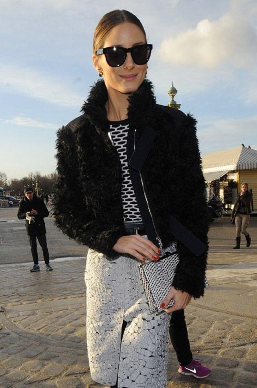 La styliste Olivia Palermo pendant la Fashion Week de Paris, le 27 février 2014