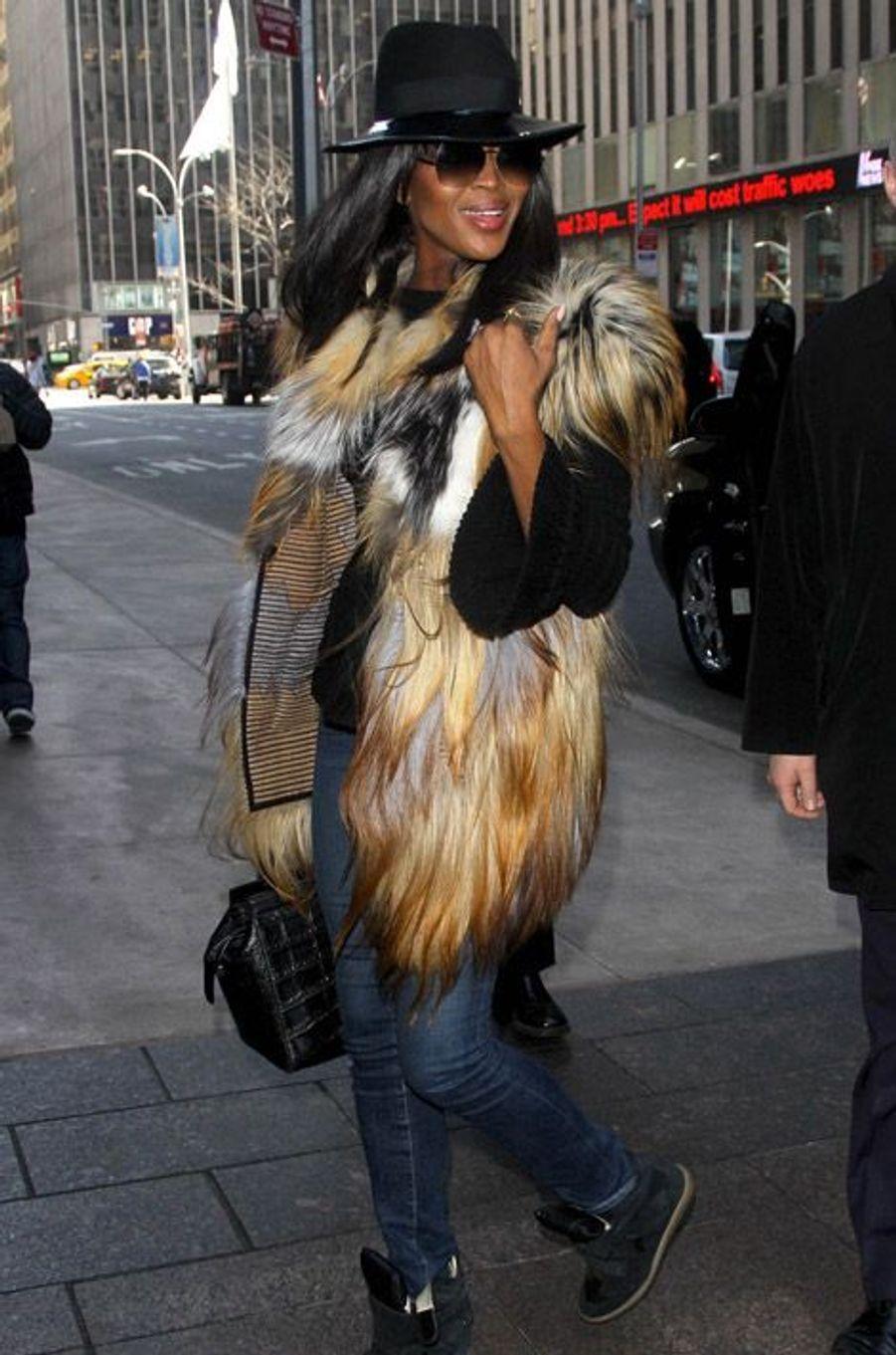Naomi Campbell à la sortie d'un studio photo à New York, le 11 mars 2014
