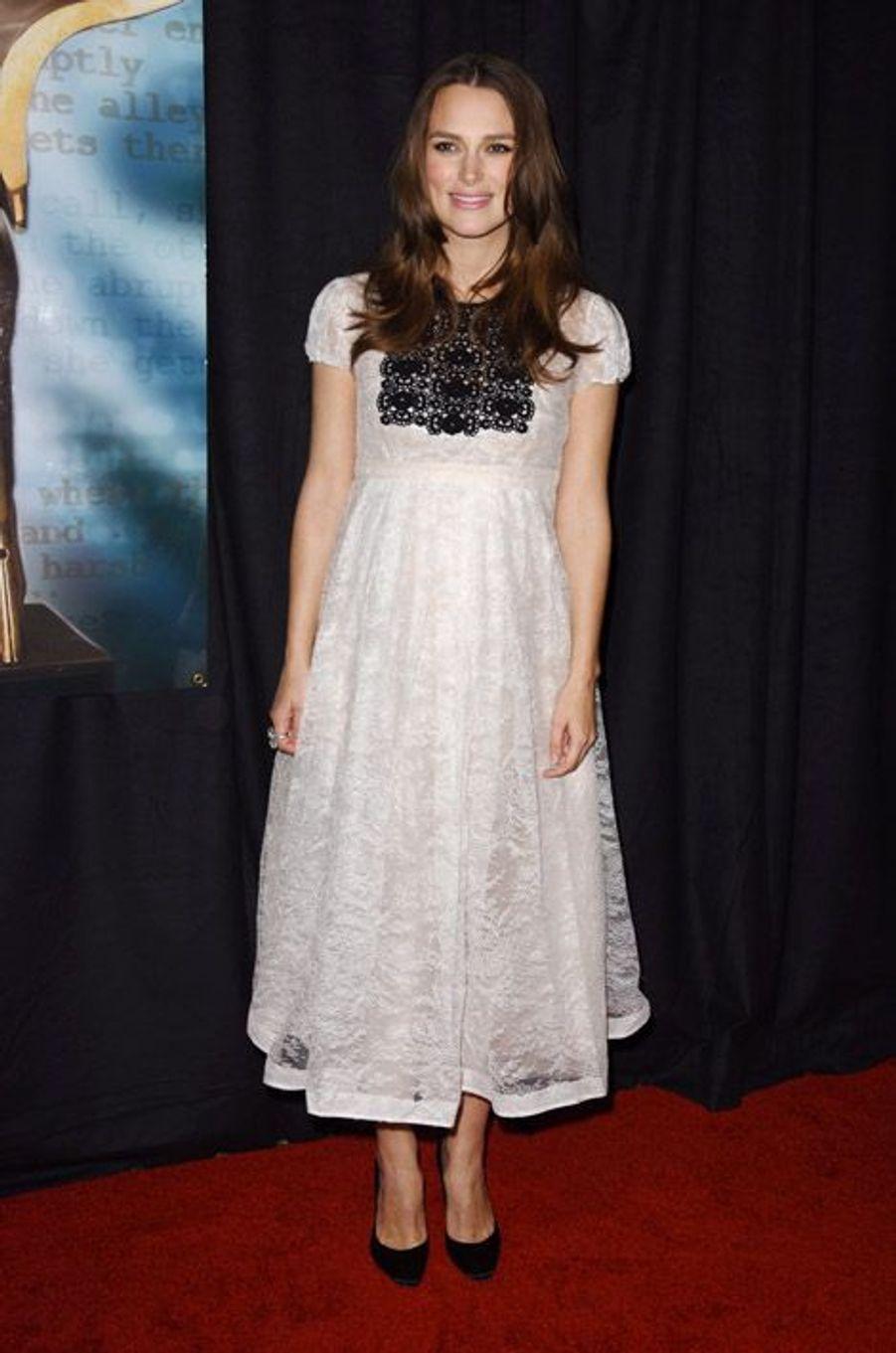 L'actrice britannique Keira Knightley, enceinte, lors de la cérémonie des Writers Guild Awards à Los Angeles, le 14 février 2015