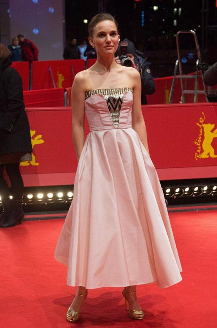 """L'actrice Natalie Portman en Christian Dior à Berlin pour la projection de """"As We Were Dreaming"""", le 15 février 2015"""