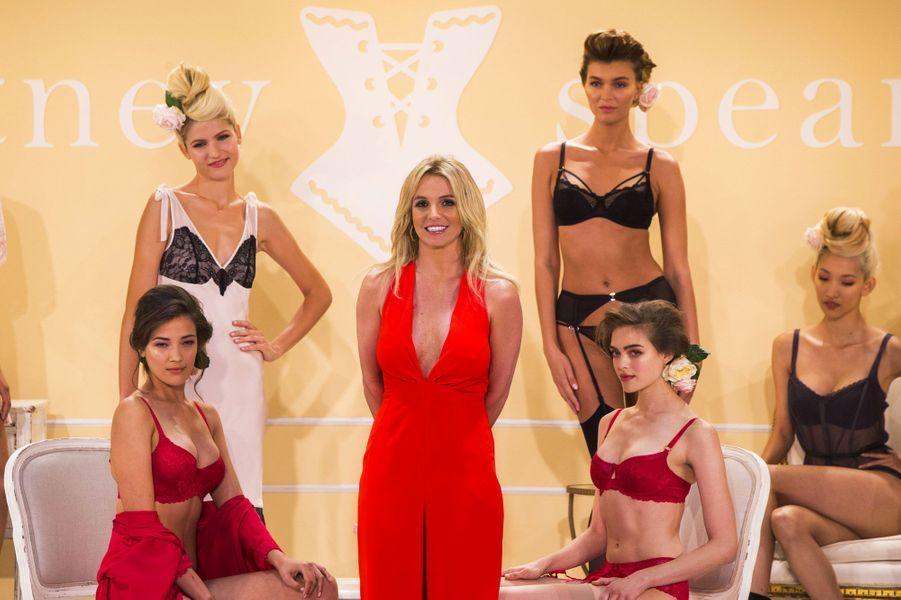 Britney Spears (dés)habille les femmes