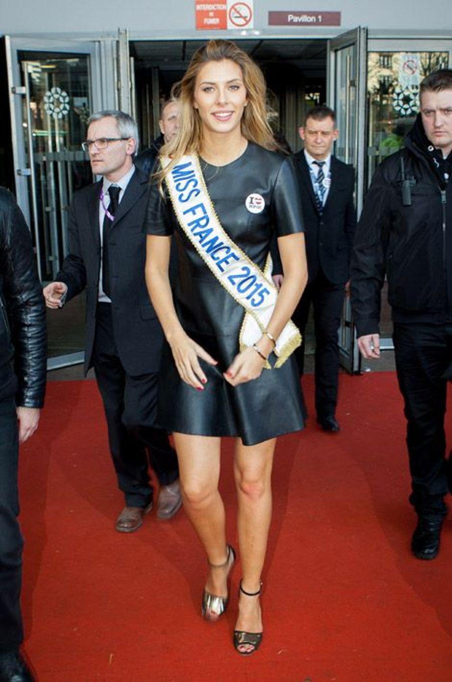 Camille Cerf, Miss France 2015 en visite au Salon de l'Agriculture à Paris, le 24 février 2015