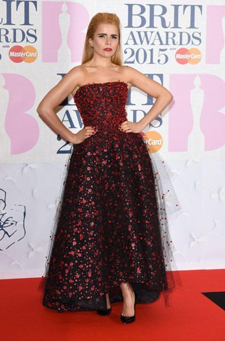 La chanteuse Paloma Faith en Armani Privé lors des BRIT Awards à Londres, le 25 février 2015
