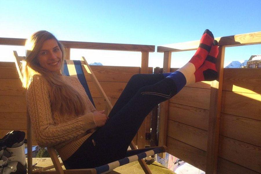 Camille Cerf radieuse sur Instagram pour ses vacances au ski