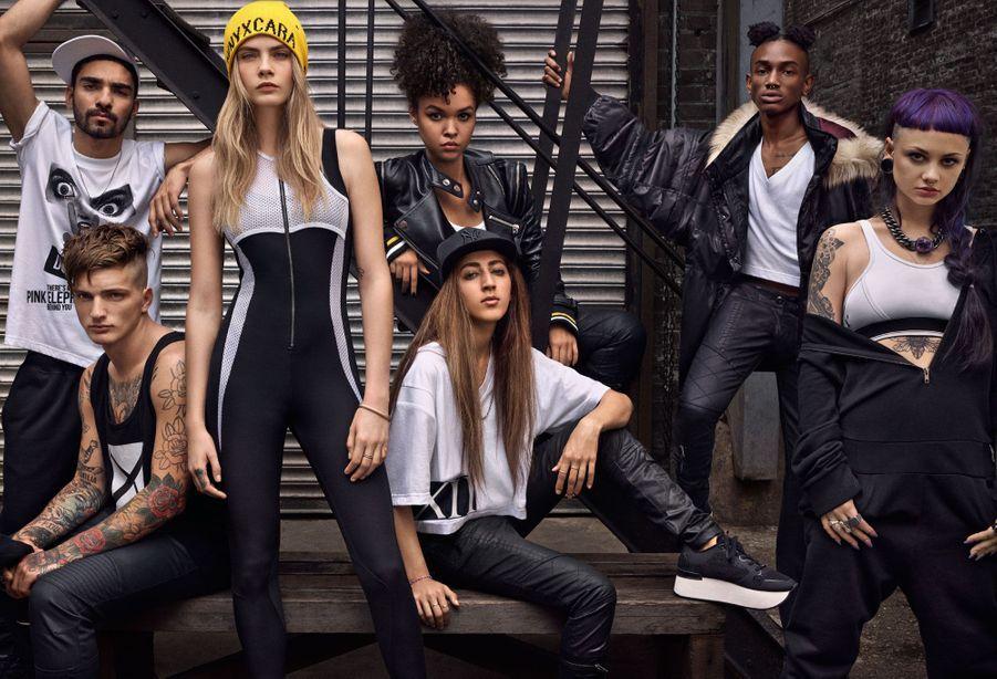 Cara crée une collection capsule pour DKNY.