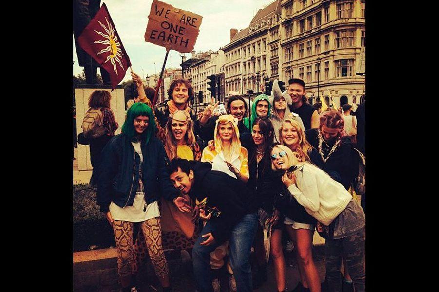 Cara milite activement pour l'environnement lors de la Climate March.