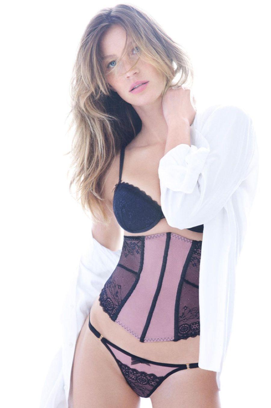 Gisele Bündchen pose pour sa marque de lingerie, Intimates