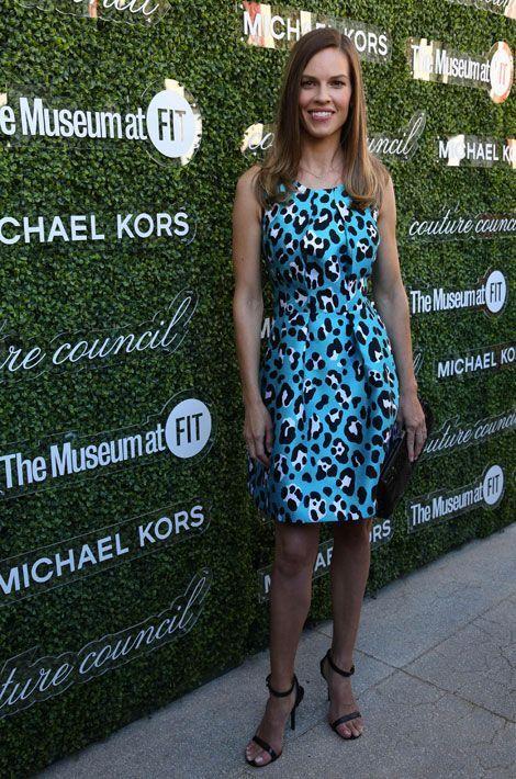 Le léopard pop: l'actrice Hilary Swank à New York, le 4 septembre 2013 pour une soirée donnée en l'honneur du créateur Michael Kors