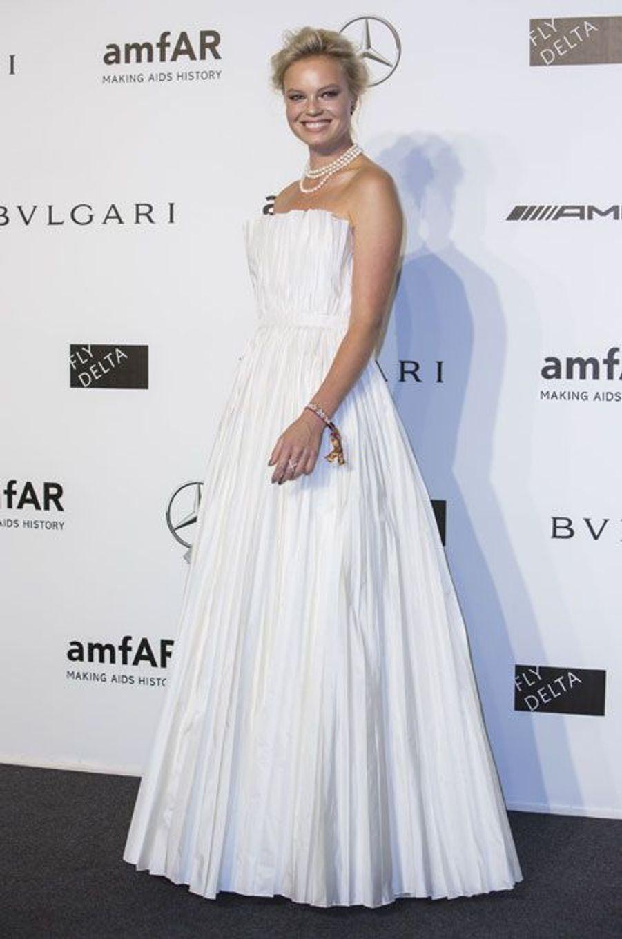 Le mannequin Dasha Zharova, au gala de l'amfAR à Milan, le 20 septembre 2014