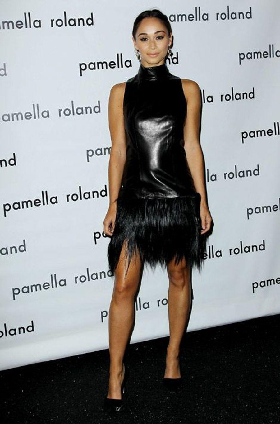 L'actrice Cara Santana au défilé Pamella Roland à New York, le 9 septembre 2014