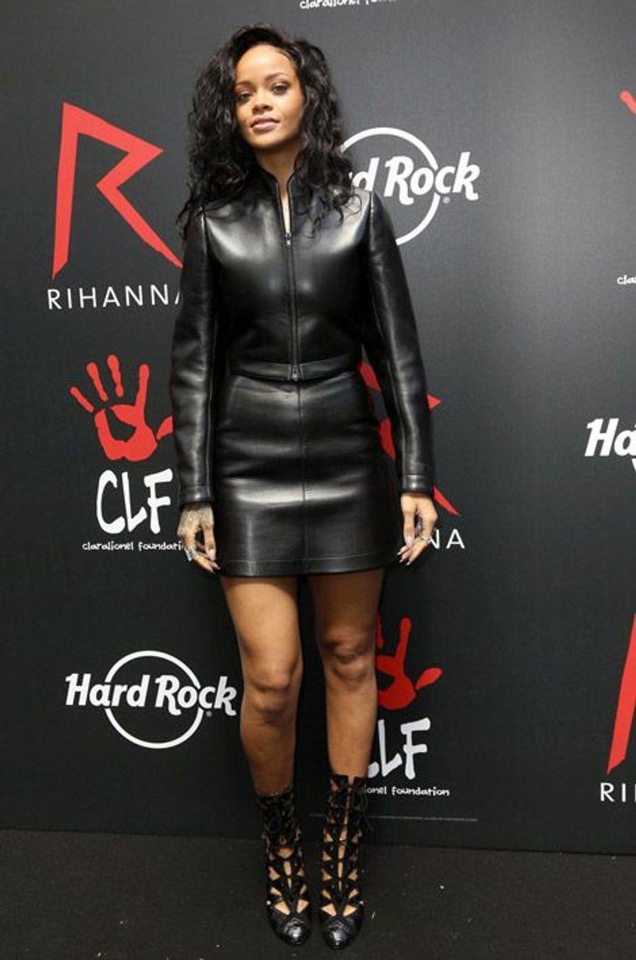 La chanteuse Rihanna lors de la conférence de presse Hard Rock Café à Paris, le 5 juin 2014
