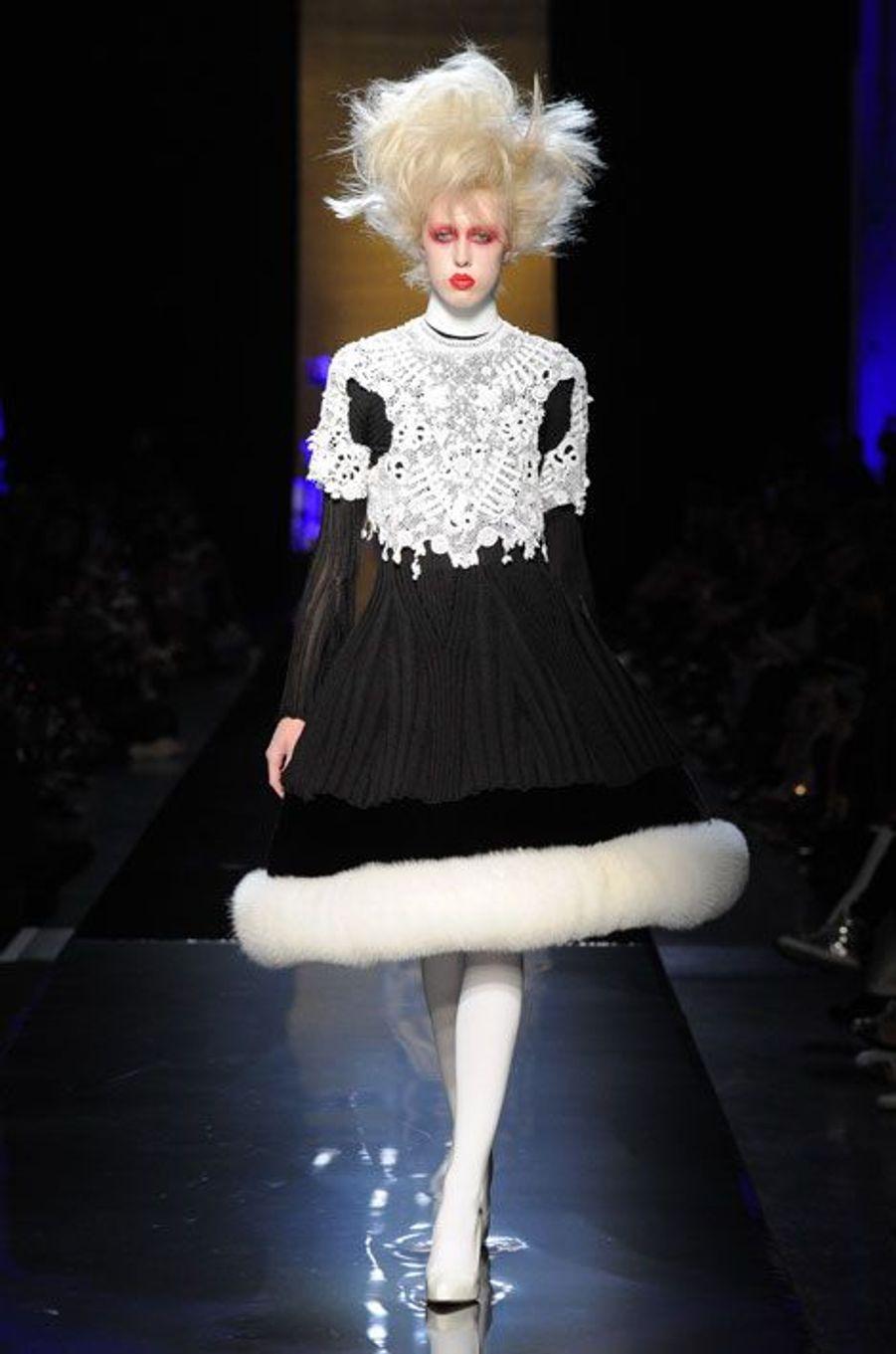 Conchita Wurst vampirise Jean-Paul Gaultier